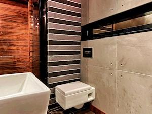 Beton architektoniczny w łazience - Mała szara łazienka w bloku w domu jednorodzinnym bez okna, styl eklektyczny - zdjęcie od Elkamino Dom