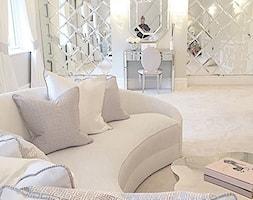 Konsola+Toaletka+lustrzana+nowoczesna+w+stylu+Glamour+PATRICIA+-+zdj%C4%99cie+od+PRIMAVERA-HOME.COM