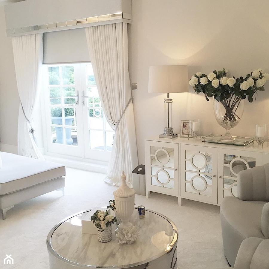 Komoda Lustrzana nowojorska nowoczesna biała styl glamour OSKAR L - zdjęcie od PRIMAVERA-HOME.COM