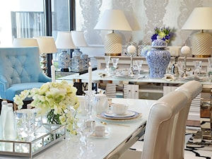 Stół i krzesła do jadalni ze stali w stylu Glamour i Nowoczesnym - Mała biała jadalnia, styl prowansalski - zdjęcie od PRIMAVERA-HOME.COM
