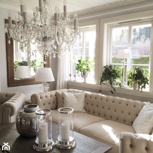 Wnętrza W Stulu Prowansalskim I Shabby Chic Mały Biały Salon Styl