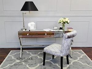 Nowoczesne krzesła tapicerowane z kołatką w stylu Glamour i nowojorskim - Średnie białe biuro kącik do pracy w pokoju, styl nowojorski - zdjęcie od PRIMAVERA-HOME.COM
