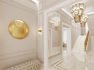 Złote meble i oświetlenie w salonie i sypialni w stylu Glamour i nowojorskim - Średni beżowy hol / przedpokój, styl nowojorski - zdjęcie od PRIMAVERA-HOME.COM