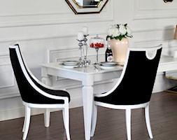 Meble w stylu klasycznym - sofy krzesła tapicerowane meble lakierowane - zdjęcie od PRIMAVERA-HOME.COM - Homebook