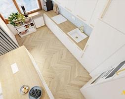 Kuchnia z białymi frontami szafek - zdjęcie od Studio Projektowe Atoato - Homebook