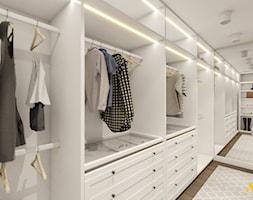 Garderoba z dużymi lustrami - zdjęcie od Studio Projektowe Atoato - Homebook