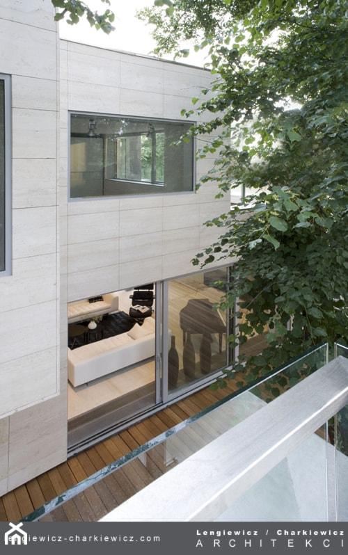 dom znanej projektantki mody - zdjęcie od Lengiewicz-Charkiewicz Architekci