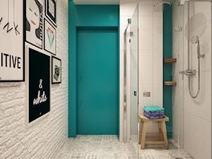 łazienka z turkusowym akcentem - zdjęcie od artinside