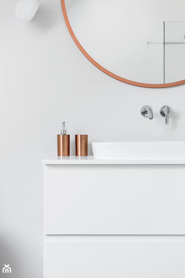 biała łazienka detale - zdjęcie od Maciejewska Design - Homebook