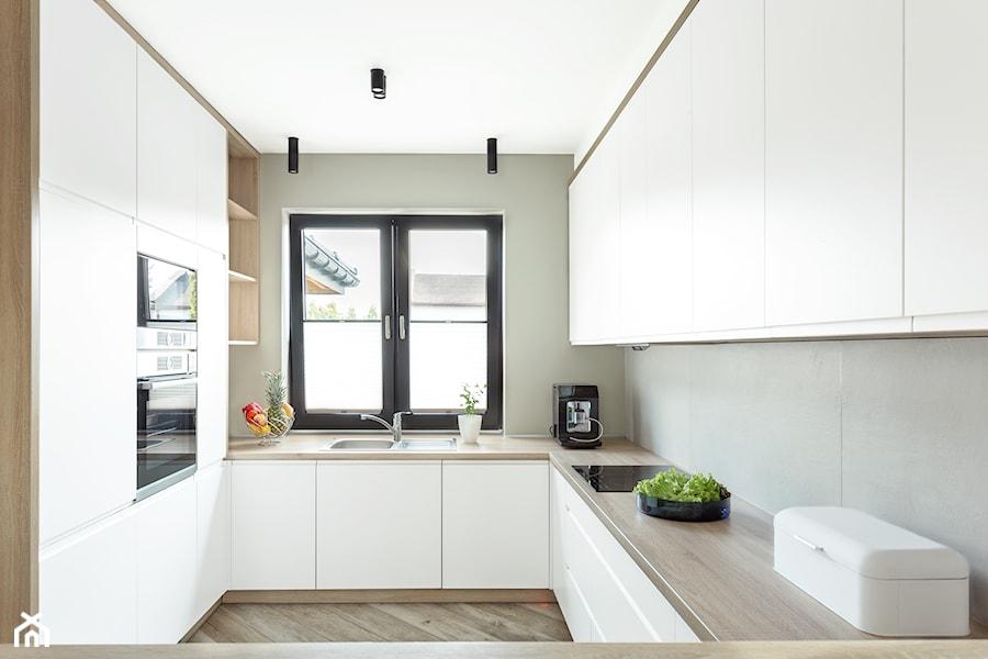 Dom Jednorodzinny średnia Otwarta Biała Kuchnia W