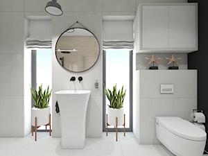 Dom z wyjściem na plazę i jeziorko - Średnia czarna łazienka w bloku w domu jednorodzinnym z oknem - zdjęcie od Maciejewska Design