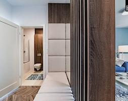 KONSTRUKTORSKA WARSZAWA - Mały biały hol / przedpokój, styl nowoczesny - zdjęcie od KODO projekty i realizacje wnętrz