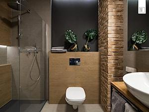 LIROWA - STYL LOFT - Średnia czarna łazienka na poddaszu w bloku w domu jednorodzinnym bez okna, styl industrialny - zdjęcie od KODO projekty i realizacje wnętrz