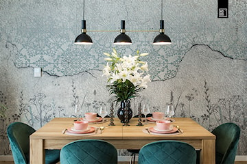 Dekoracje stołu na co dzień – 5 pomysłów na aranżację stołu w salonie