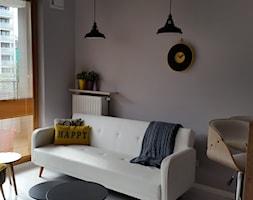 W jak Wynajem - Mały szary salon z jadalnią - zdjęcie od Patrycja Grych