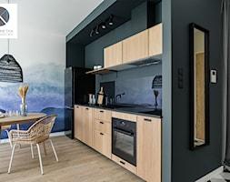Living Coral - Kuchnia, styl industrialny - zdjęcie od DoMilimetra - Homebook