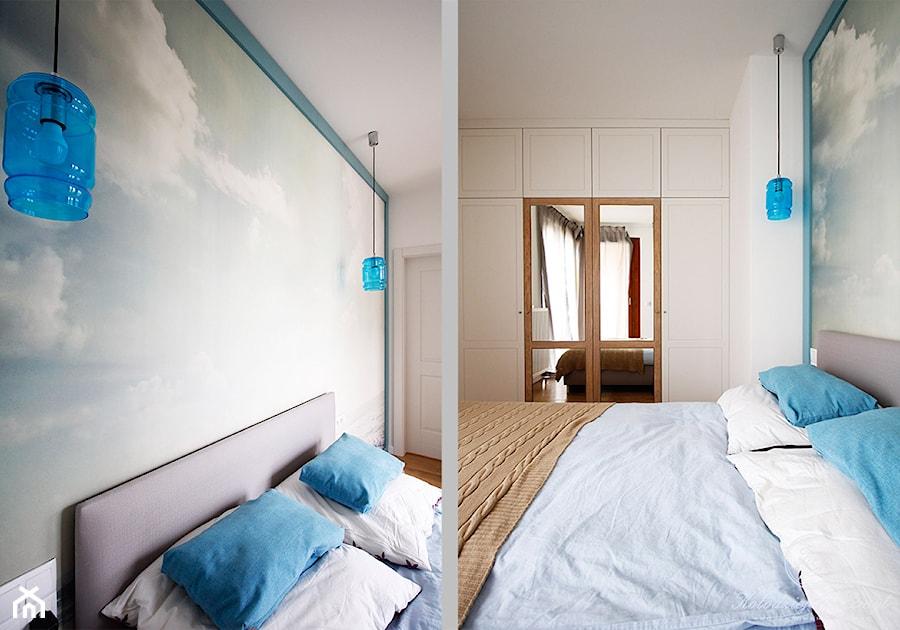 MODERN VINTAGE - Mała średnia biała sypialnia małżeńska, styl skandynawski - zdjęcie od Kołodziej & Szmyt