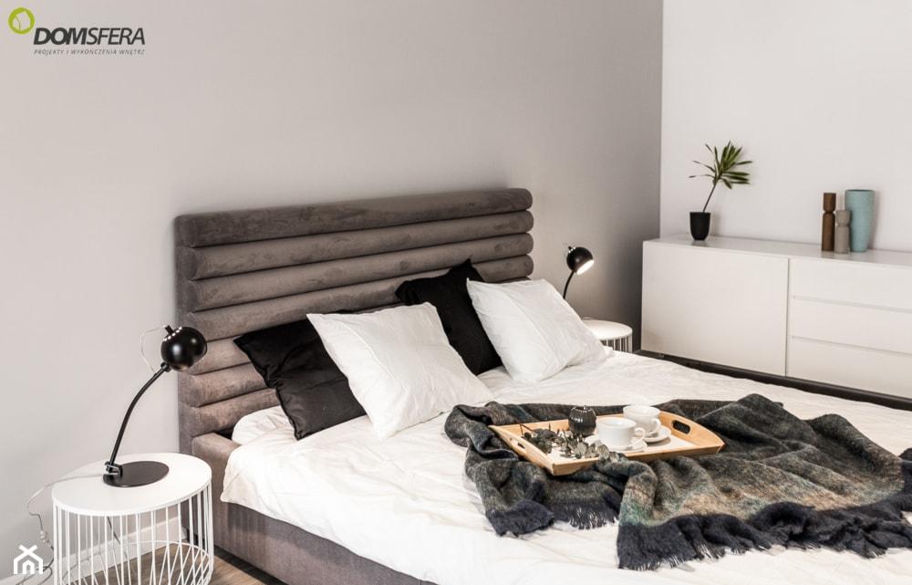 welurowy pikowany zagłówek łóżka