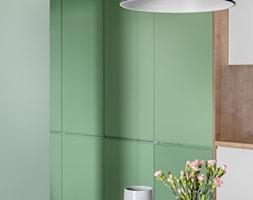 Projekt Mieszkania 58m2 | Białołęka - Mała otwarta biała miętowa jadalnia jako osobne pomieszczenie, styl nowoczesny - zdjęcie od DESIGN MY DEER