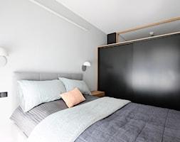 Letnie studio w Gdyni, 50m2 - Sypialnia, styl nowoczesny - zdjęcie od POTORSKA | INTERIOR DESIGNERS