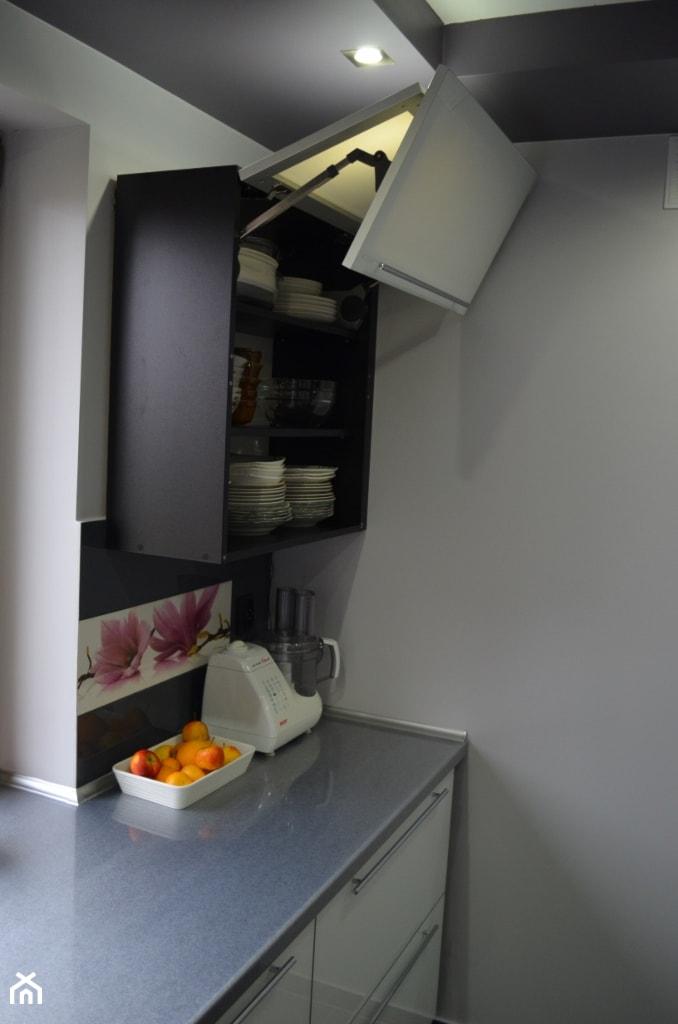 MEBLE SOBER kuchnia z frontami szklanymi lacobel   -> Kuchnia Z Frontami Szklanymi