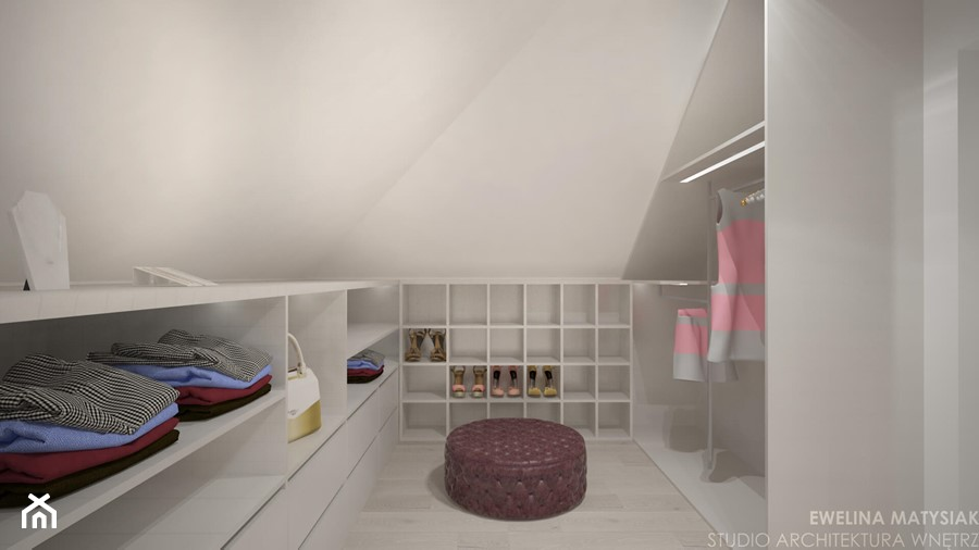 Clever Elegance - Średnia zamknięta garderoba na poddaszu, styl nowoczesny - zdjęcie od Ewelina Matysiak