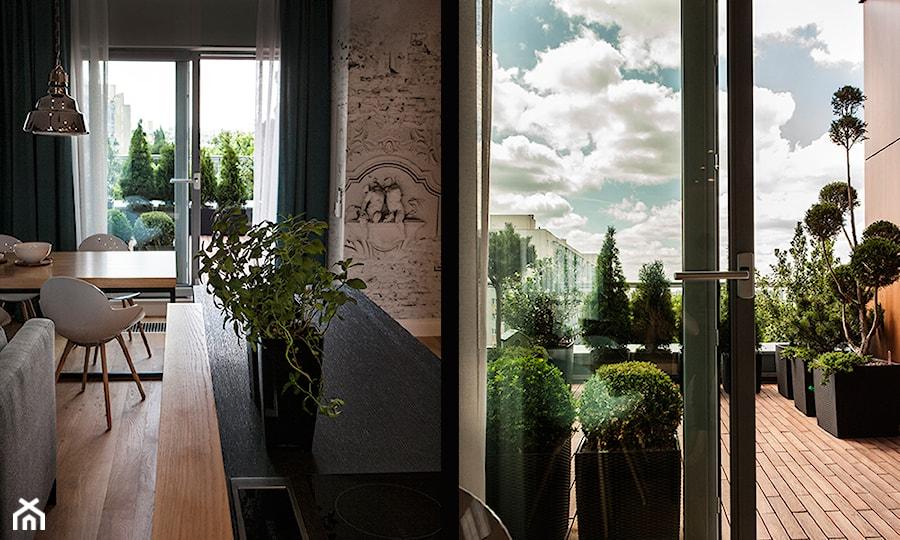 Aranżacje wnętrz - Taras: Atrium Park 110m2 - Duży taras na dachu, styl minimalistyczny - Interno. Przeglądaj, dodawaj i zapisuj najlepsze zdjęcia, pomysły i inspiracje designerskie. W bazie mamy już prawie milion fotografii!