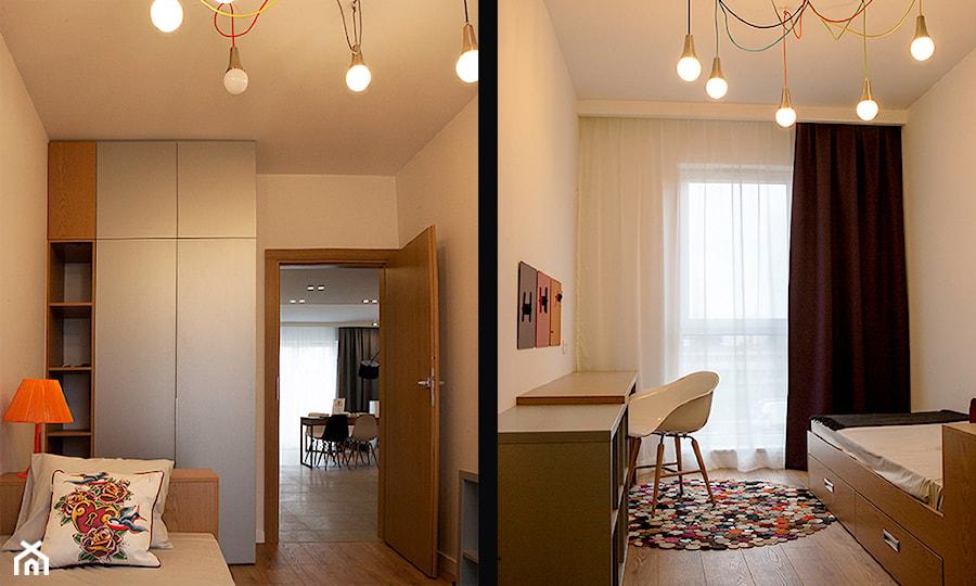 Atrium Park - mieszkanie pokazowe - Mały biały pokój dziecka dla chłopca dla dziewczynki dla ucznia dla nastolatka, styl nowoczesny - zdjęcie od Interno
