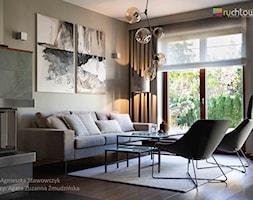 """TUŻ ZA RZEKĄ SOŁĄ - Mały szary salon, styl włoski - zdjęcie od Studio Architektury Wnętrz """"rychtownia"""""""