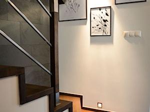 """TUŻ ZA RZEKĄ SOŁĄ - Schody, styl włoski - zdjęcie od Studio Architektury Wnętrz """"rychtownia"""""""