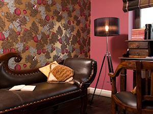 Dom tancerzy - Średnie kolorowe czerwone biuro kącik do pracy w pokoju - zdjęcie od Pracownia projektowa Poco Design