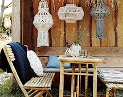 Mały ogród za domem, styl eklektyczny - zdjęcie od loftbar.pl