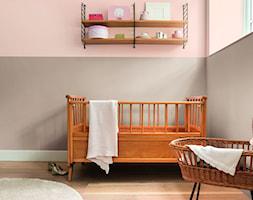 Nowości 2019 - Mały szary różowy pokój dziecka dla chłopca dla dziewczynki dla niemowlaka, styl vintage - zdjęcie od Dulux