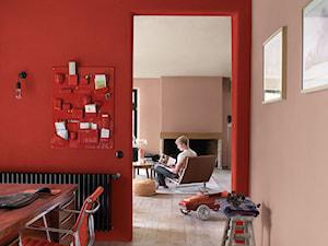 Pokoje dzienne - Średnie różowe czerwone biuro pracownia domowe w pokoju - zdjęcie od Dulux