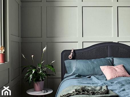 Aranżacje wnętrz - Sypialnia: Kolor Roku 2020 - Sypialnia, styl minimalistyczny - Dulux. Przeglądaj, dodawaj i zapisuj najlepsze zdjęcia, pomysły i inspiracje designerskie. W bazie mamy już prawie milion fotografii!