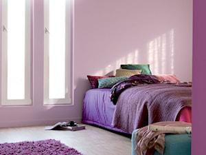 Dulux EasyCare - Średni pastelowy różowy pokój dziecka dla dziewczynki dla nastolatka, styl minimalistyczny - zdjęcie od Dulux