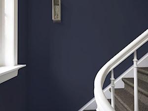 Wiosenne metamorfozy - Średnie wąskie schody dwubiegowe - zdjęcie od Dulux