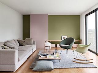 Idealnie biały sufit – jaką wybrać farbę,  jak malować? Poradnik krok po kroku