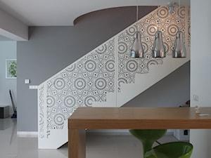 Balustrada stalowa - Średnie schody jednobiegowe, styl nowoczesny - zdjęcie od Custom-Fold