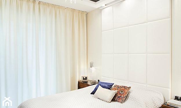 sufit napinany sypialnia