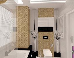 Łazienka w złocie - Mała szara łazienka na poddaszu w bloku w domu jednorodzinnym z oknem, styl glamour - zdjęcie od ARCHITETTO