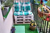 ławka z palet na balkon