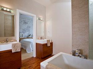Metamorfoza mieszkania w kamienicy - Średnia beżowa łazienka bez okna, styl eklektyczny - zdjęcie od LIVING BOX