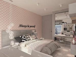 Mieszkanie dla Młodego Piłkarza - Duża biała szara różowa sypialnia małżeńska, styl nowoczesny - zdjęcie od LIVING BOX