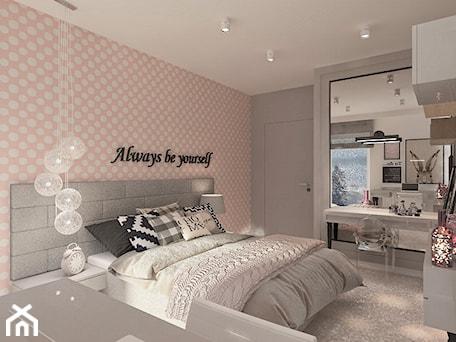 Aranżacje wnętrz - Sypialnia: Mieszkanie dla Młodego Piłkarza - Duża biała szara różowa sypialnia małżeńska, styl nowoczesny - LIVING BOX. Przeglądaj, dodawaj i zapisuj najlepsze zdjęcia, pomysły i inspiracje designerskie. W bazie mamy już prawie milion fotografii!
