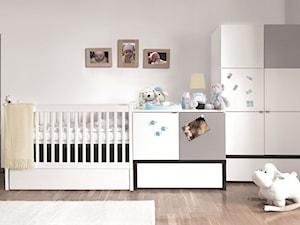 Mały szary pokój dziecka dla chłopca dla dziewczynki dla niemowlaka, styl tradycyjny - zdjęcie od VOX