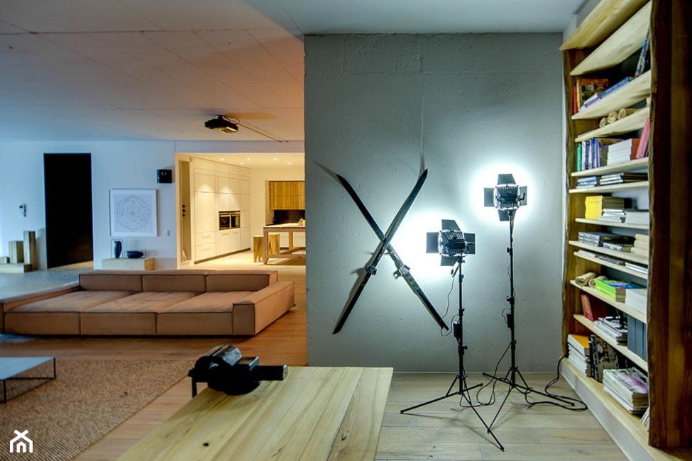 Loft w Kijowie. Projekt: Slava Balbek i Sasha Ivasiv. - zdjęcie od Maison Studio - Architektura Wnetrz. Żaklina Litwa - Homebook