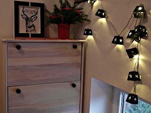 Klatka schodowa w świątecznej odsłonie - zdjęcie od madefromwood