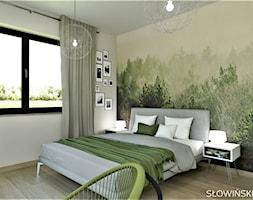Sypialnia z widokiem na las - Średnia beżowa kolorowa sypialnia małżeńska, styl skandynawski - zdjęcie od Atelier Słowiński