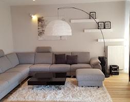 projekt 11 - Średni biały salon, styl nowoczesny - zdjęcie od Project Art Joanna Lipowska